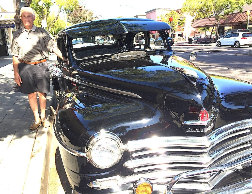 Harvey Williamson brings his 1940s Plymouth to the Cruisn' Grand event.