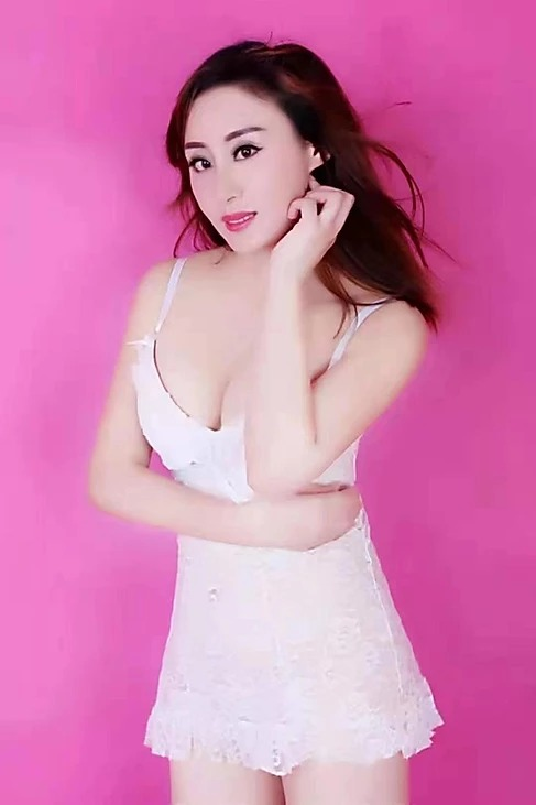 Ipoh Escort Girl – LeLe – China