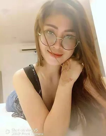 Penang Vip Escort Girl – Lia – Local