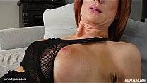 MILF hot mature lady Nina S gets a nice cock fu…