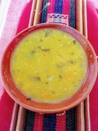 Almoço em Taquile: sopa de quinoa