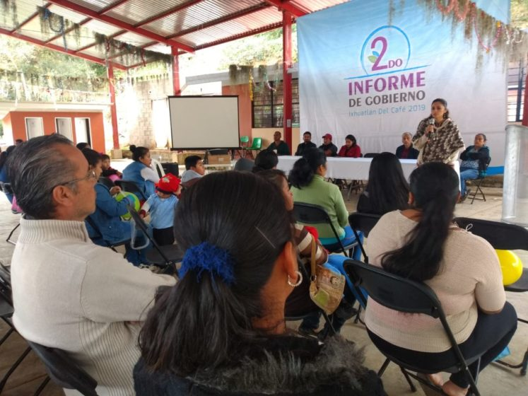 LLEVAN SEGUNDO INFORME DE GOBIERNO A COMUNIDADES.