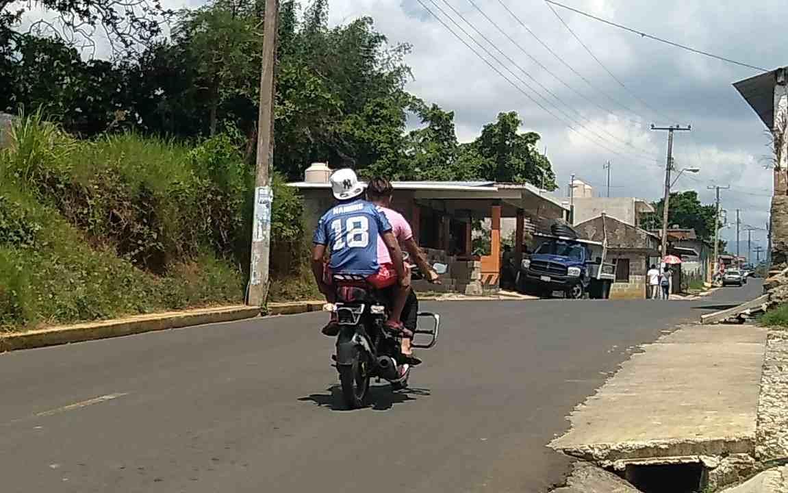 ZENTLA Y COMAPA, FOCOS ROJOS EN ACCIDENTES DE MOTOCICLISTAS