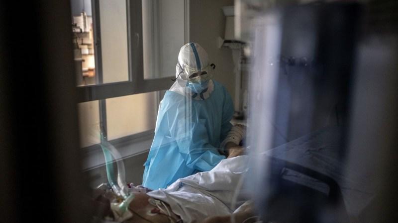 HOSPITALES EN TOKIO SOLO ADMITIRÁN A PACIENTES GRAVES DE COVID-19 POR SATURACIÓN
