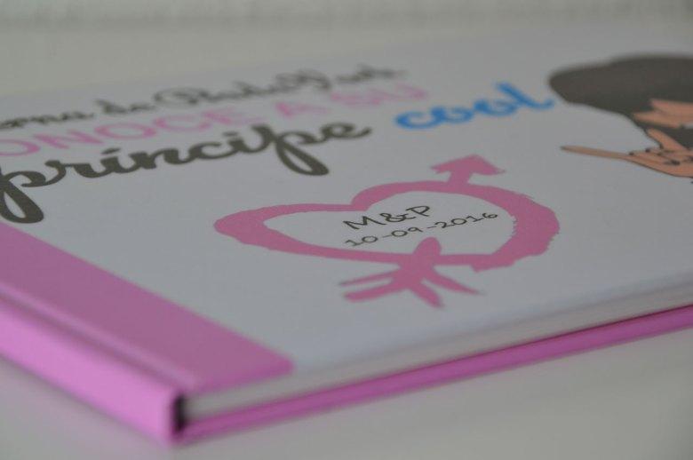 Libro personalizado de escribientes.com con portada personalizada y en color