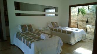 O segundo ambiente, que pode ter camas ou ser usado como sala entre o quarto principal e o ambiente três.