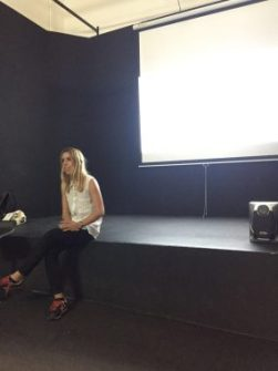 Proyeccion cortometraje maletero curso cine 4k
