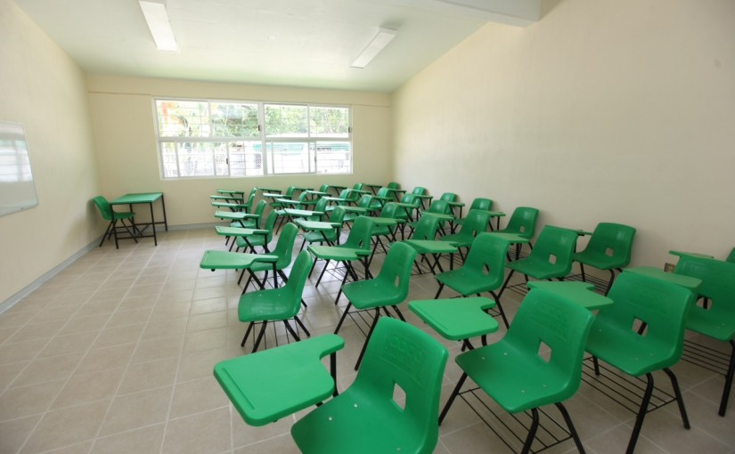 Chile y 13 países de América Latina lanzan campaña contra la deserción escolar