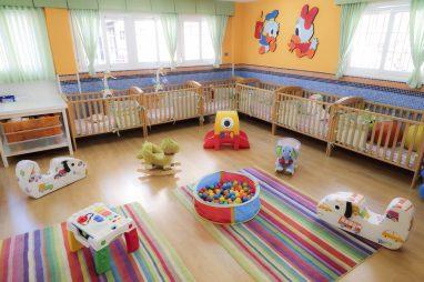 Piscina de bolas del aula de bebés de la Escuela Infantil Booma