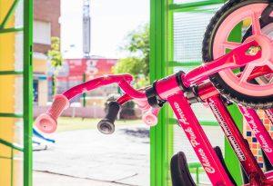 Detalle de bicicletas para niños