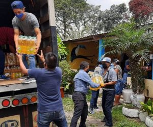Unloading the food