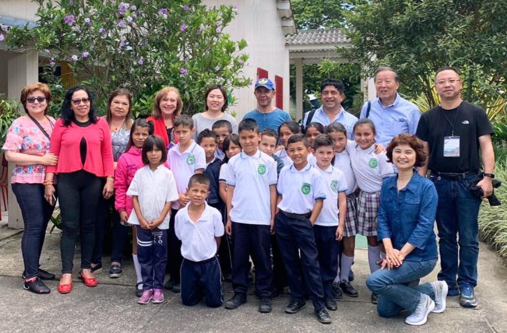 Delegación China visitó el Quindío para conocer experiencia en el modelo Escuela Nueva