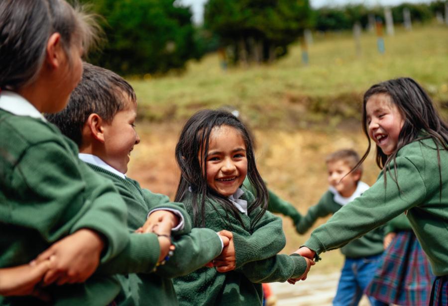 (Español) Fundación Escuela Nueva: Promoviendo educación inclusiva y de calidad
