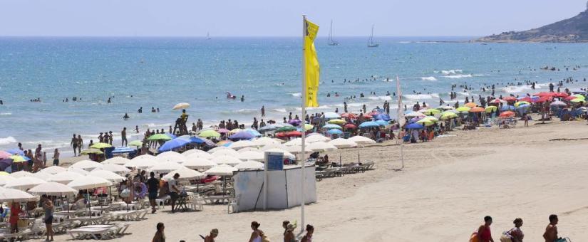 La ola de calor en alicante y las corrientes marinas disparan los ahogamientos