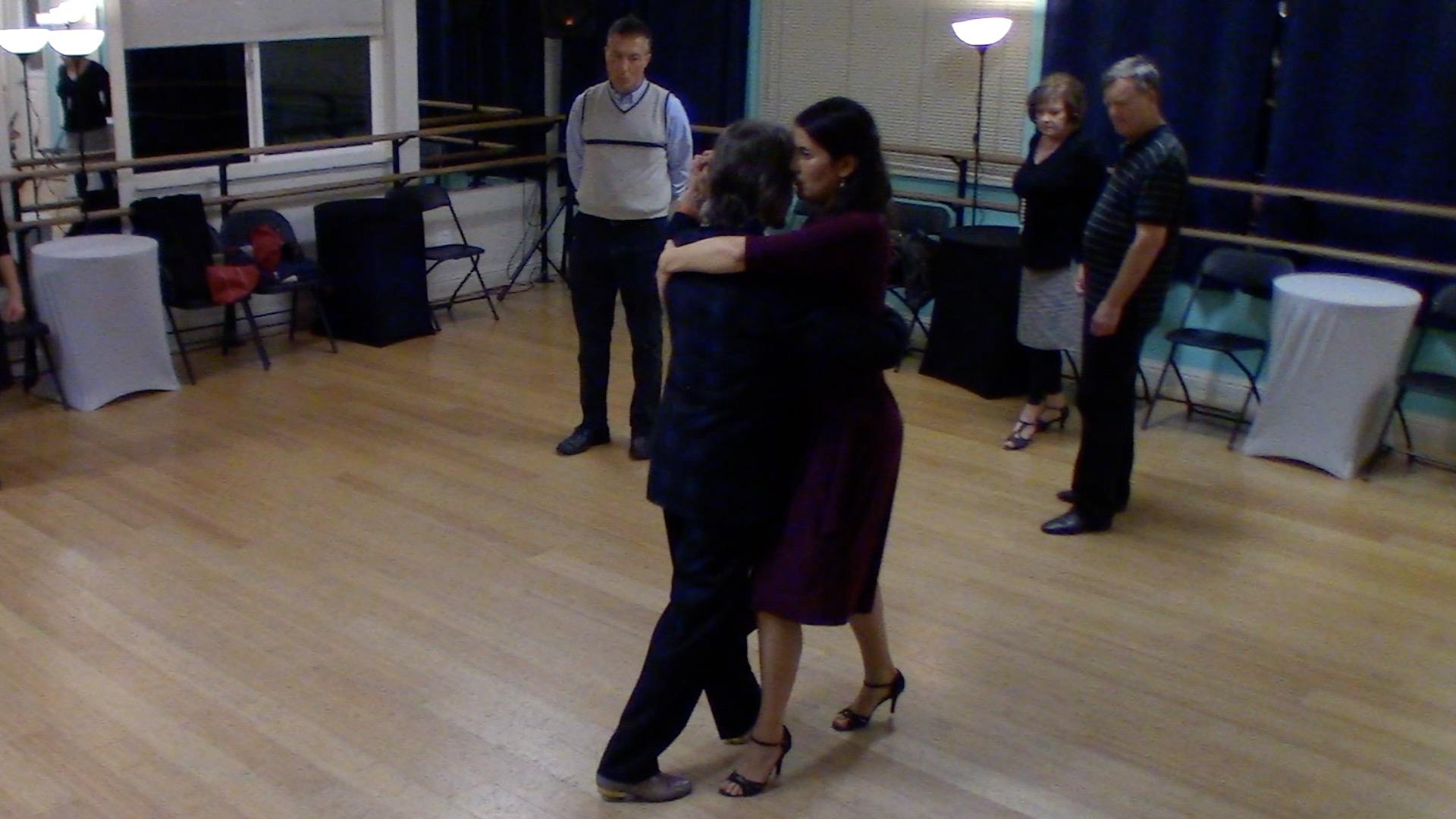 Argentine Tango beginner class with Mimi: forward-backward move and walk