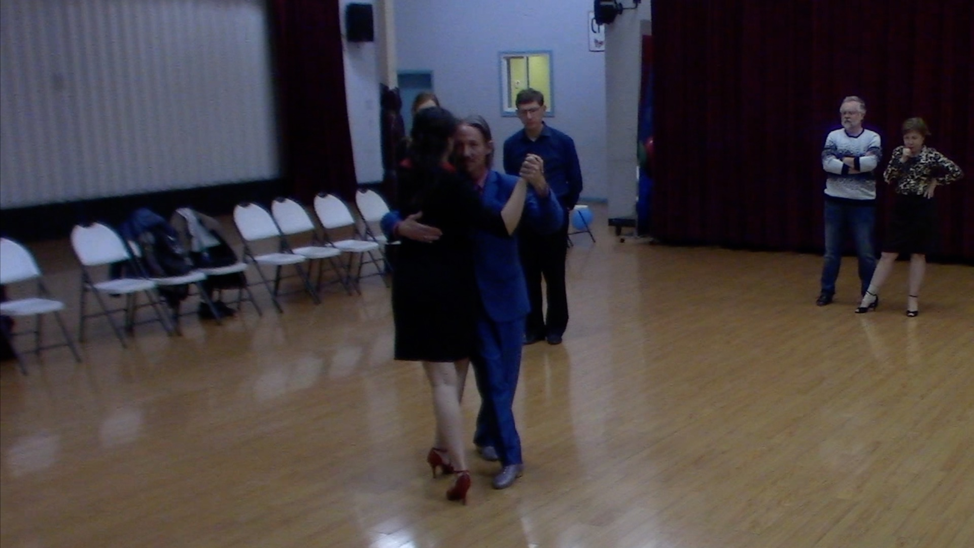 Argentine Tango beginner class with Mimi: slow in 2, 3 and 4