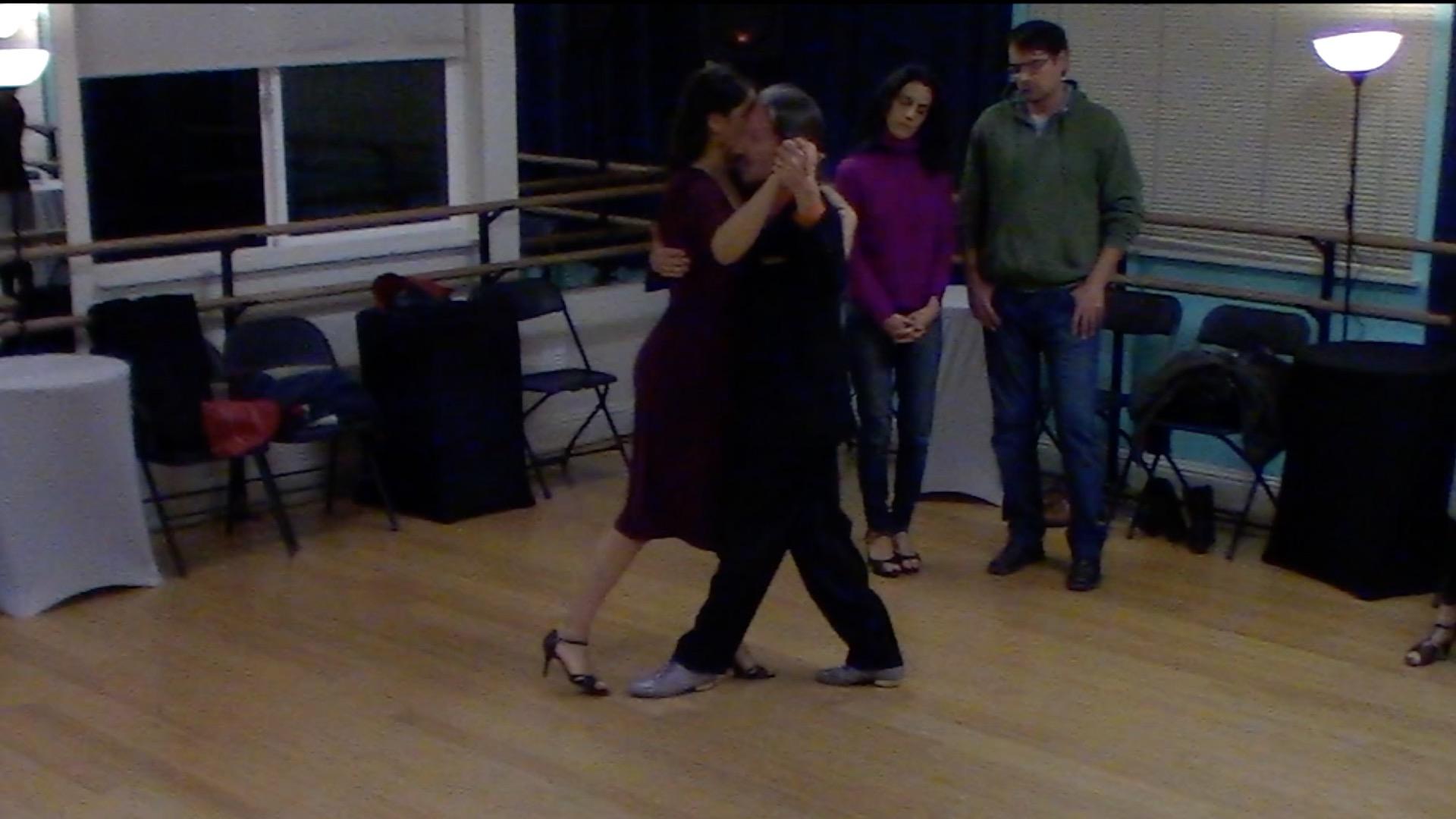 Argentine Tango beginner class with Mimi: walking