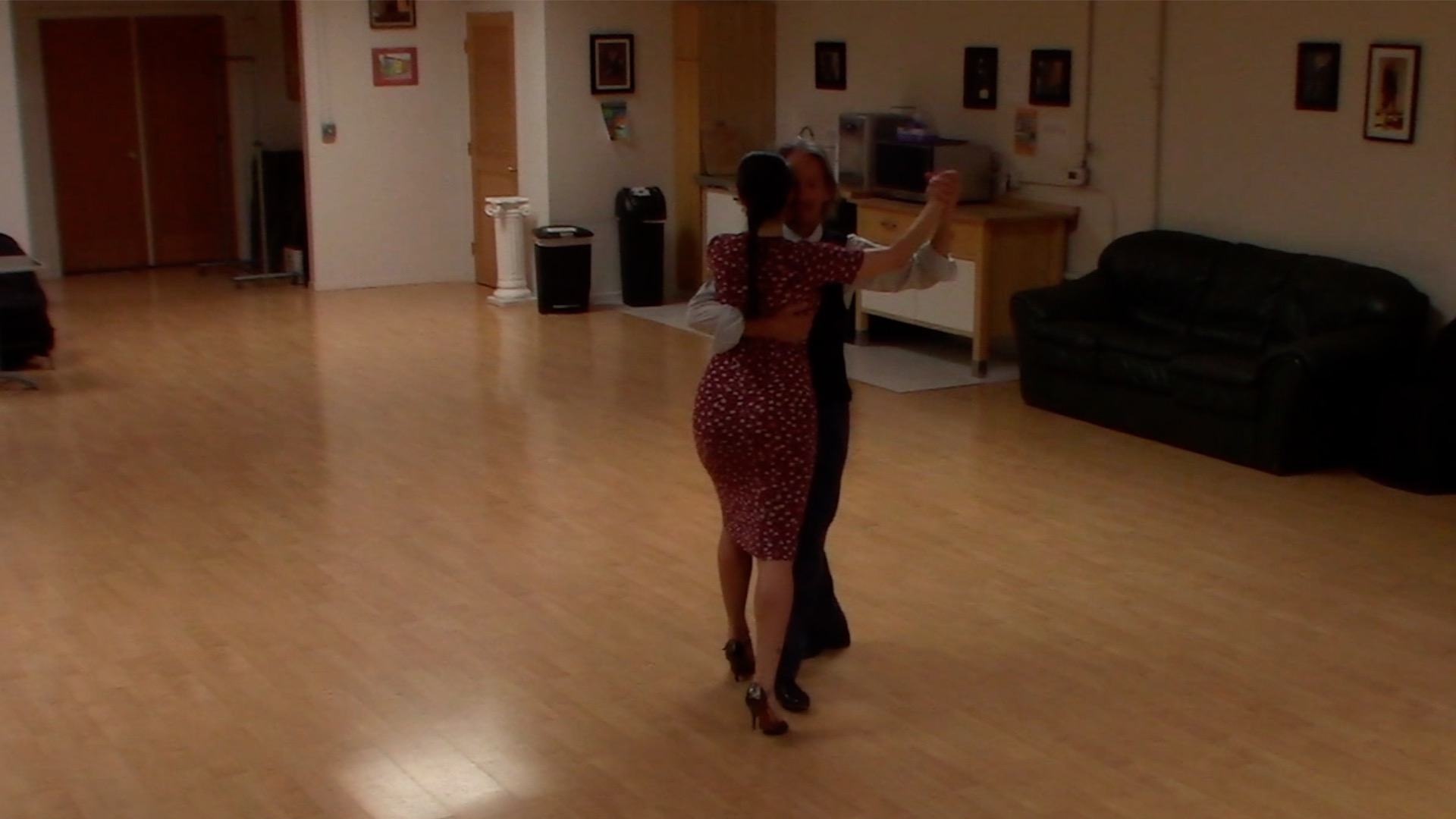 Argentine Tango class: complete sequence with Miranda