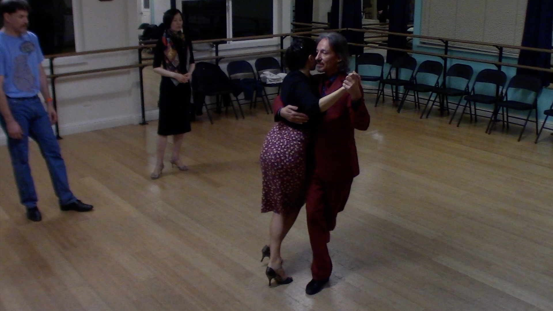 Argentine Tango dancing with Miranda: final review of intermediate class