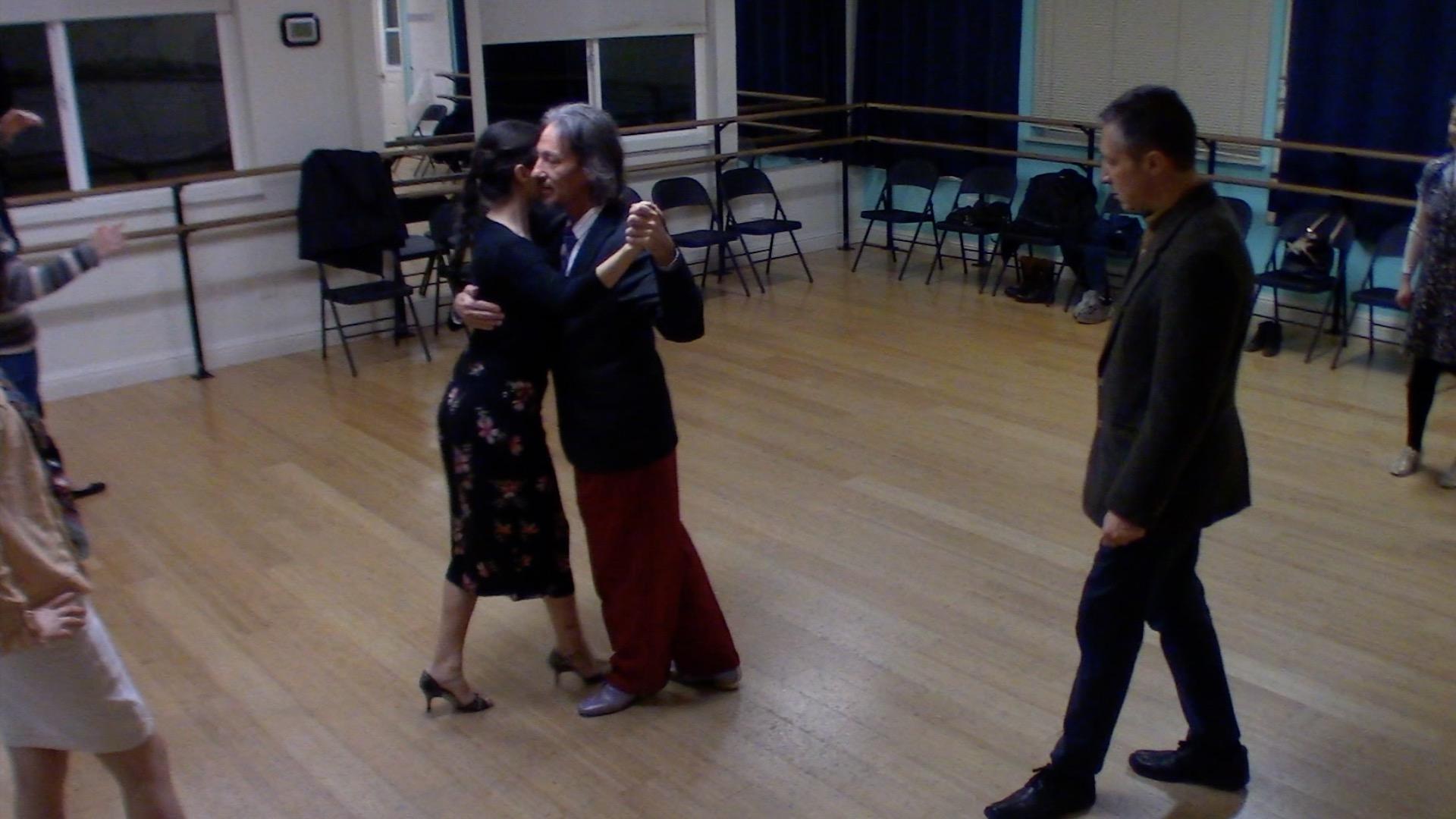 Argentine Tango intermediate class with Miranda: back ocho and turn alternative exit 2