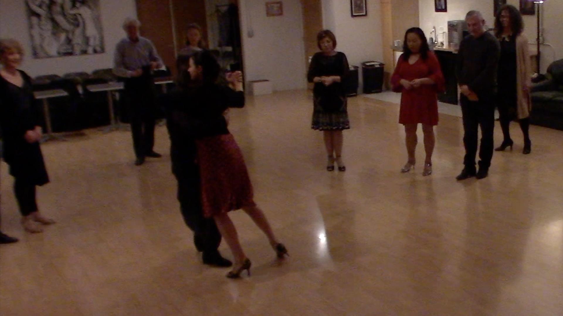 Argentine Tango intermediate class with Miranda: crosses 3