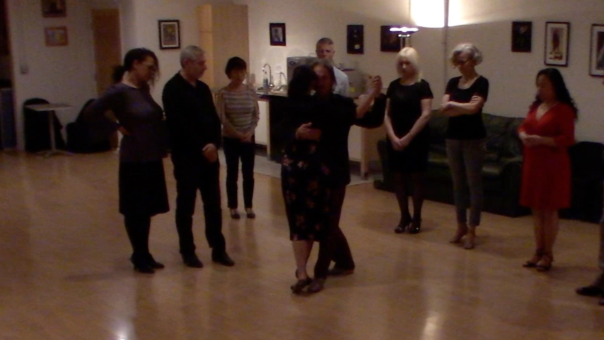 Argentine Tango intermediate class with Miranda: dancing to Pedro Laurenz