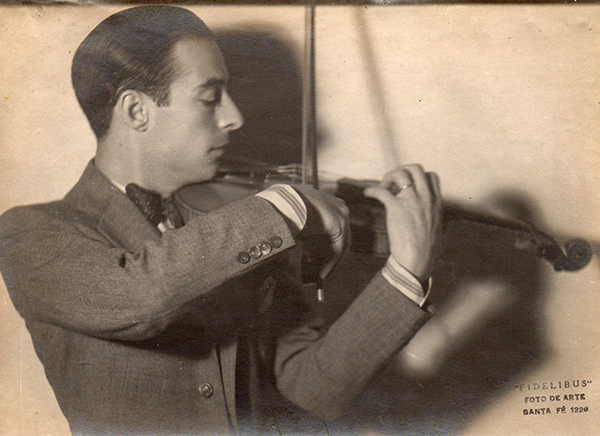 Elvino Vardaro, Argentine Tango musician, leader and composer.