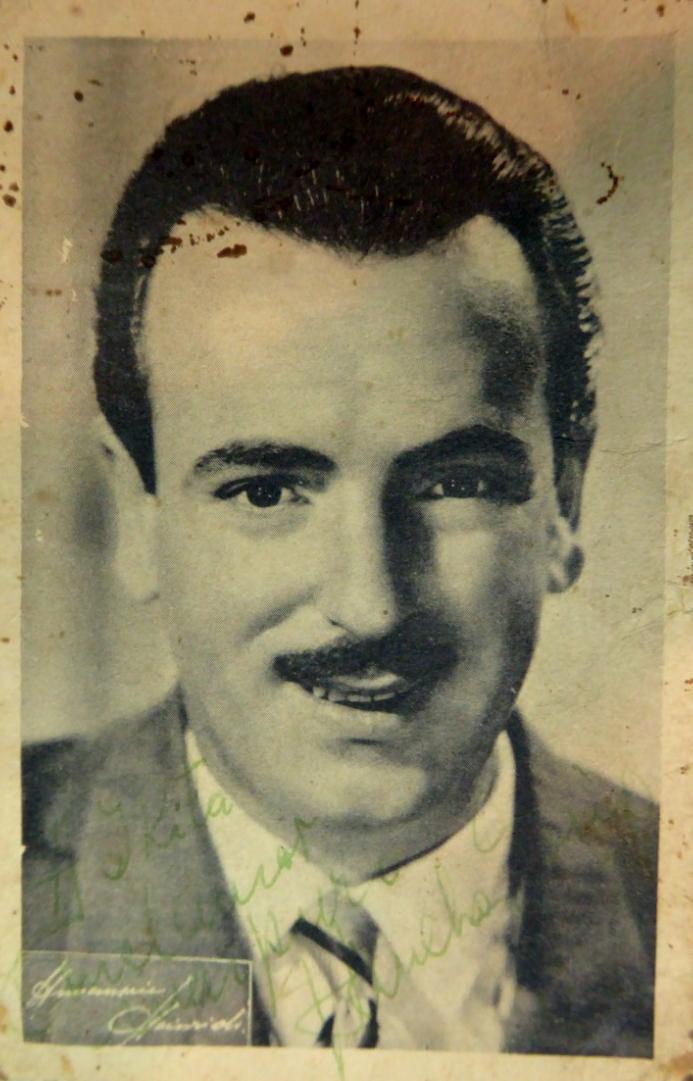Juan Sanchez Gorio. Argentine music at Escuela de Tango de Buenos Aires.