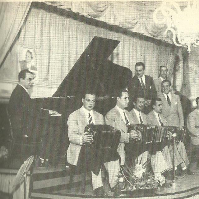 Lucio Demare y su Orquesta Típica. Argentine Tango music.