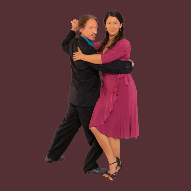 Marcelo Solis dancing Argentine Tango with Mimi at Escuela de Tango de Buenos Aires virtual classes.