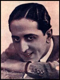 Santiago Devin. Argentine music at Escuela de Tango de Buenos Aires.