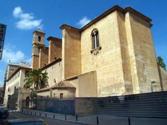 Colegio de jesuitas de la Anunziata (Murcia)*. Hervás ejerció como profesor de Filosofía.