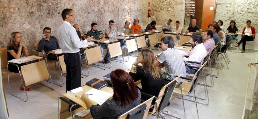 Desarrollo del encuentro con agentes sociales hoy en Pedro I.