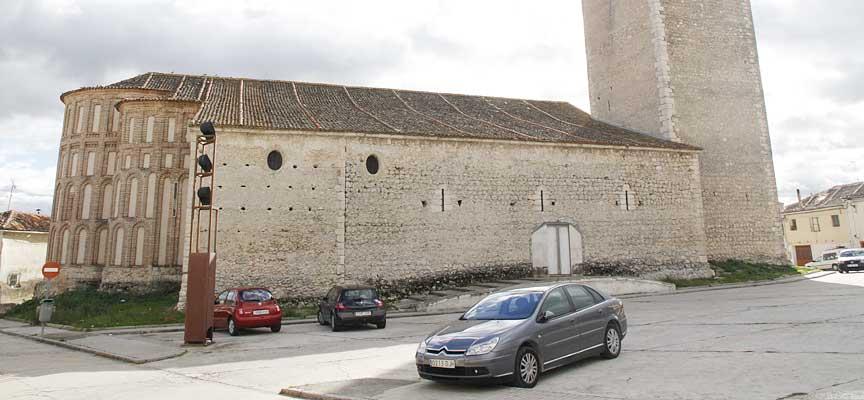 El Ayuntamiento eliminará las barreras arquitectónica del acceso a la iglesia de San Andrés