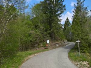 Strada di acesso alla Val Fraina