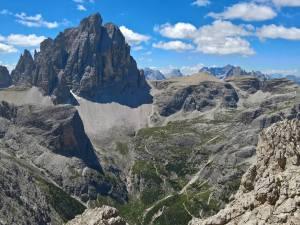 Panorama verso la Val Fiscalina e la Croda dei Toni