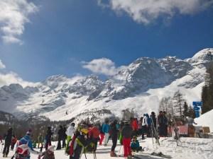 Sciatori festeggiano la giornata del Gelato 2018