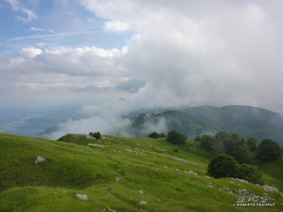 Da Aviano le nuvole portate oltre la cresta