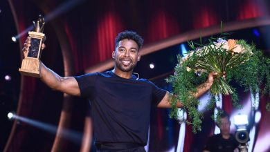 Photo of John Lundvik is not too late for London's love!