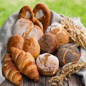 * Pan y Desayuno
