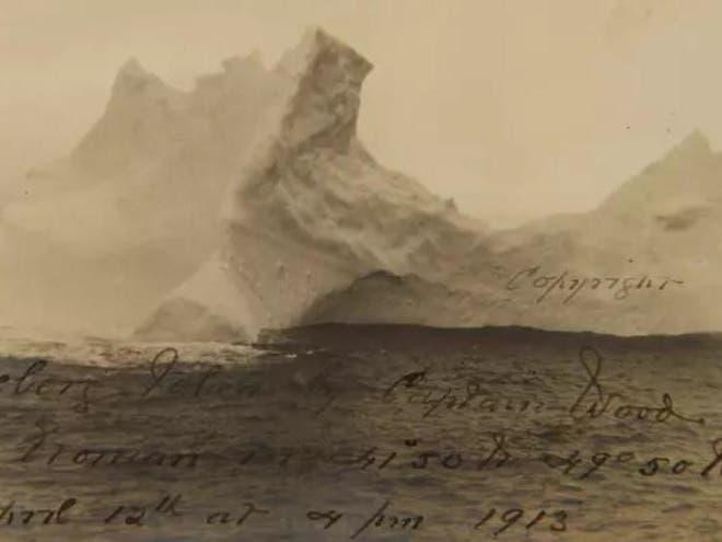 Foto super rara do iceberg que afundou o Titanic revelada.