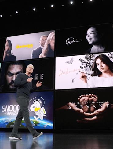 Captura del evento de Apple, con Tim Cook en el escenario