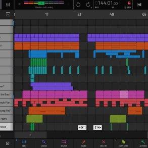 Captura de pantalla de la app musical NanoStudio 2 para iPad.