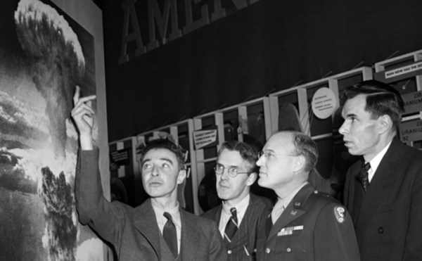 rj-oppehnheimer-left-one-of-the-creators-of-the-atomic-bomb-went-for-the-overly-dramatic