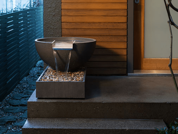 Scupper with Box water feature