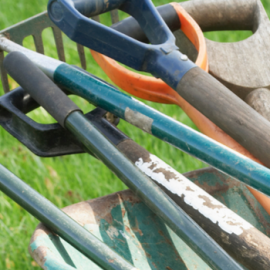 How to Prepare Garden Tools for Winter