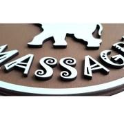 logo firmy ze dřeva Okamih detail