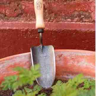 pelle de jardin à main fabriqué en hollande en frêne et fer forgé - outils de jardin pour citadin