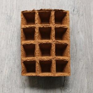 contenu box jardinage de balcon : plaque de semis pour potager, mini pot biodégradable à planter / échoppe végétale