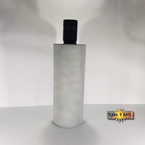 BOTTIGLIA-OLIO-IN-PETREFEE-BASALT-GRIGIO-50CL la pietra lavica dell'Etna eco-friendly